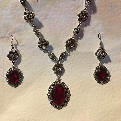 CAMELLIA FILIGREE VICTORIAN STYL RICH RED SILVER PLATED NECKLACE EARRING SET CFS
