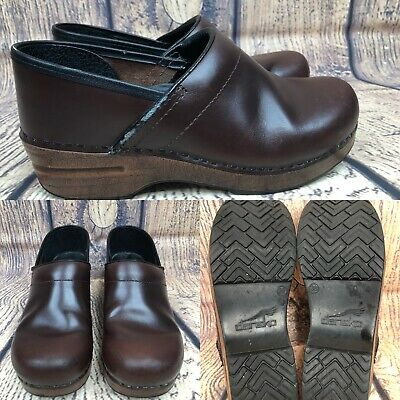 Professional Brown Pull (Womens DANSKO 'Professional Pull Up' Brown Leather Clogs Shoes SIZE 38 US 7.5-8  )