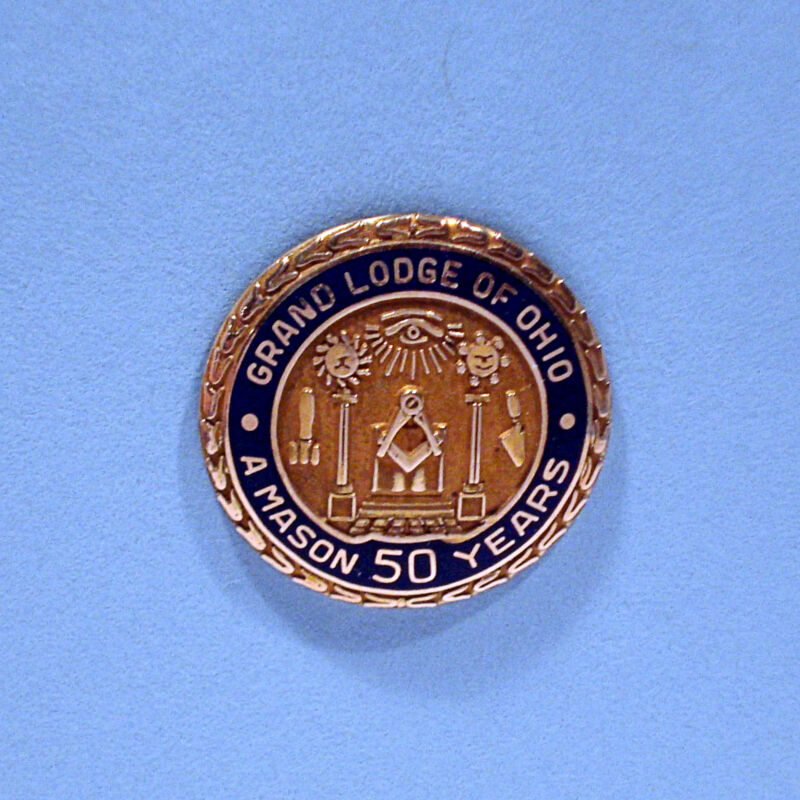 SOLID 10K YELLOW GOLD ~ A MASON 50 YEARS GRAND LODGE OF OHIO ~ LAPEL PIN