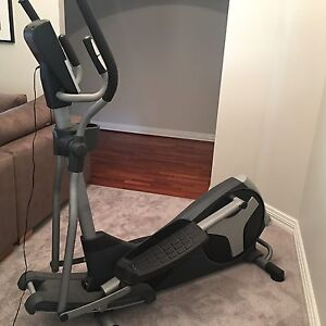 Cross trainer elliptical Canning Vale Canning Area Preview