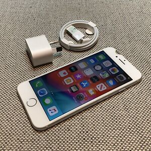 iPhone 8 64GB Silver Unlocked Warranty