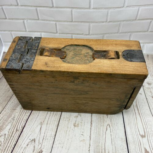 ANTIQUE Vintage U.S. Military WWI Wooden Ammo Box - AMMUNITION BOX Working Hinge