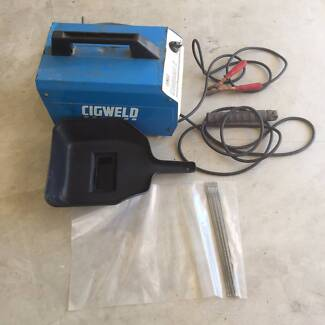 FOR SALE: Cig Arc Welder Waterford West Logan Area Preview