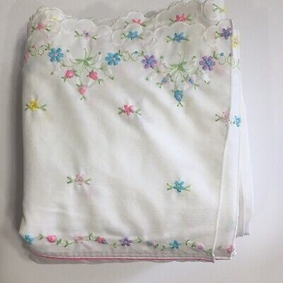 Vtg Cannon Royal Family Oscar De La Renta White w/ Embroidered Hem King Flat King Embroidered Flat Sheet