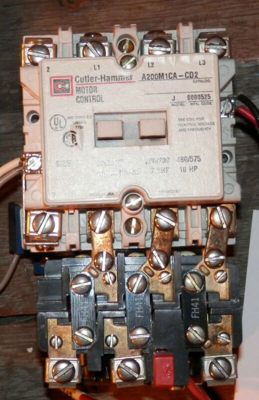 Cutler Hammer Motor Control  Size 1 Model J