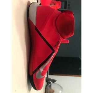 Nike Phantom VSN Pro indoor men's size 11
