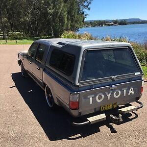 Toyota Hilux 95 turbo diesel Gorokan Wyong Area Preview