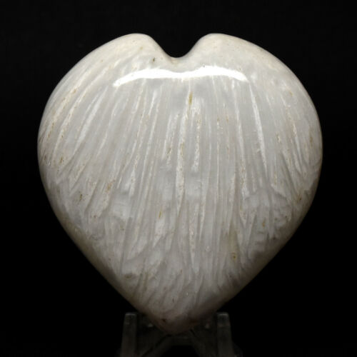 """2.5"""" Scolecite Puffy Heart Natural Zeolite Mineral Fluorescent Crystal - India"""