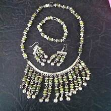 NECKLESS BRACLET AND EARRINGS