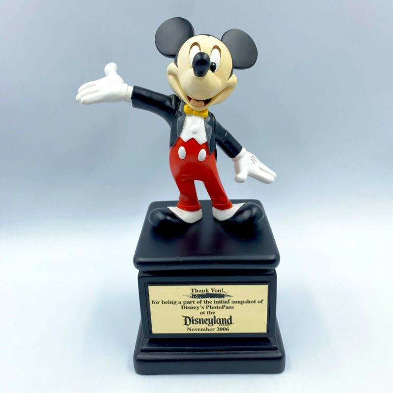 Disney Mickey Mouse Mousecar Award Statue Cast Member Exclusive 2006 Disneyland