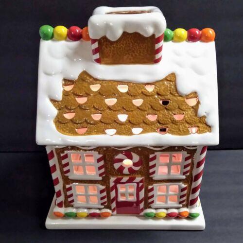 Harry Slatkin 2009 Ceramic Gingerbread House Candle Luminary w/Base Christmas