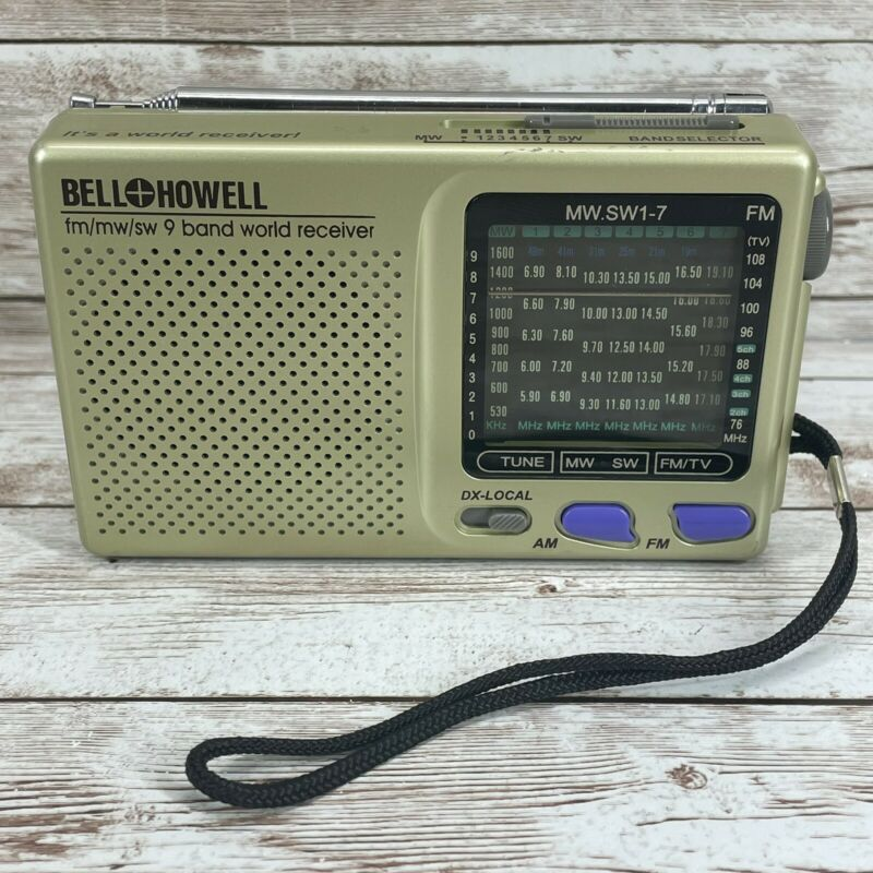 Bell & Howell FM/MS/SW 9 Band World Receiver Shortwave Portable Radio WORKING