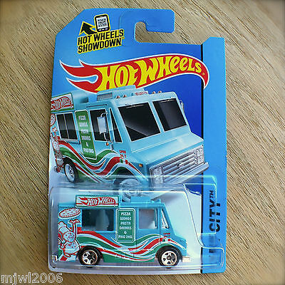 - 2014 Hot Wheels SWEET STREETS 9/250 HW CITY diecast Mattel Pizza Truck Wings BLU