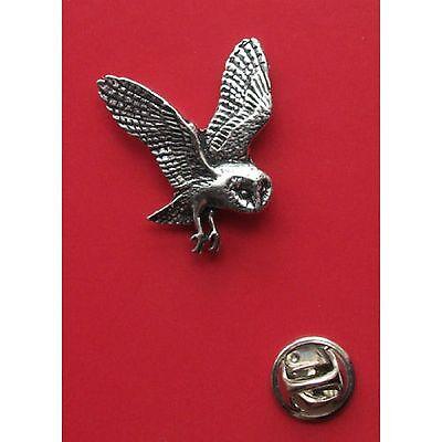 English Pewter BARN OWL Bird Pin Badge Tie Pin / Lapel Badge  (ref B19)