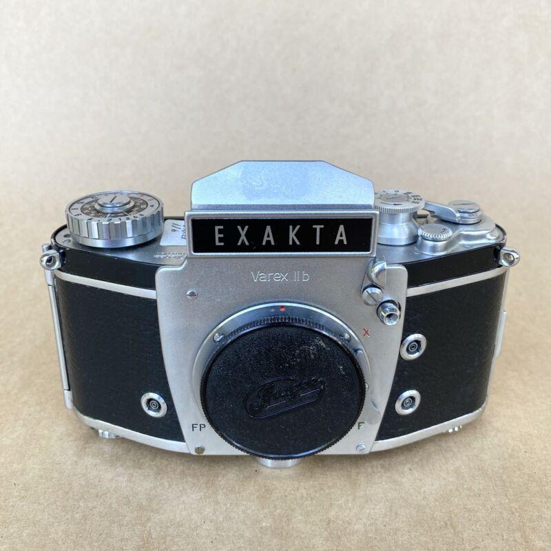 Exakta Varex IIb Vintage 35mm SLR Film Camera - BODY ONLY, NICE
