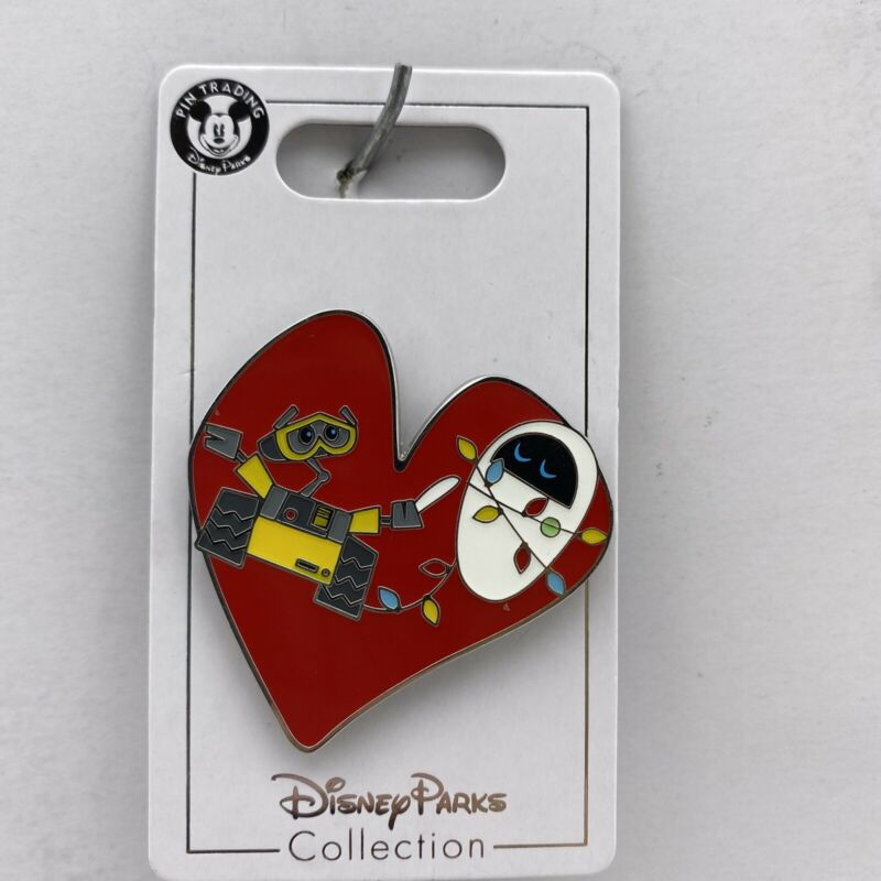 Disney Parks Pin Pixar Wall-E and Eve Christmas Lights in Heart Trading Pin