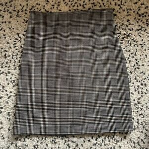 Dynamite Check Skirt Size Small