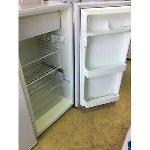 KELVINATOR. BAR FRIDGE 🔥$80 FIXED PRICE