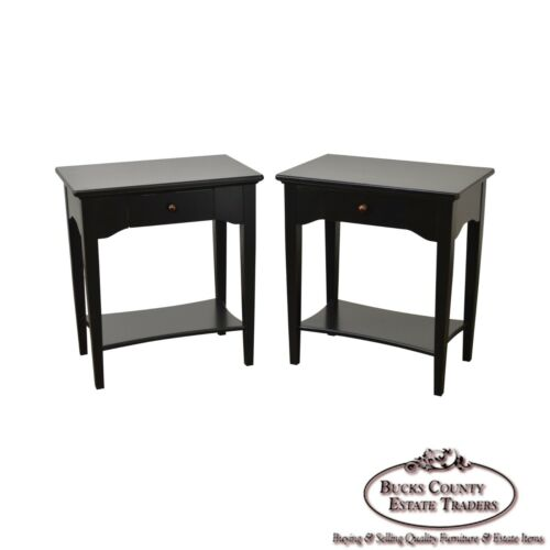 Thomasville Pair of Black 1 Drawer Nightstands