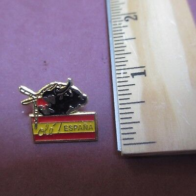 Ole Espana Spain Flag Bull Fight Collectible Hat Pin Tie Tac Lapel Pinback