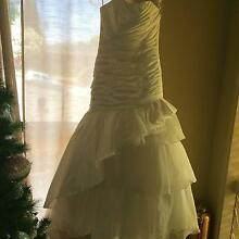 Brand New Wedding Dress - Fish tail Greensborough Banyule Area Preview