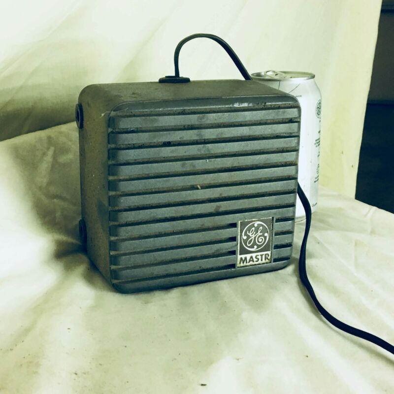 VINTAGE All Original GENERAL ELECTRIC MASTR 4EZ16A TWO WAY RADIO SPEAKER