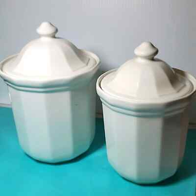 Pfaltzgraff Heritage Set of 2 White Canisters