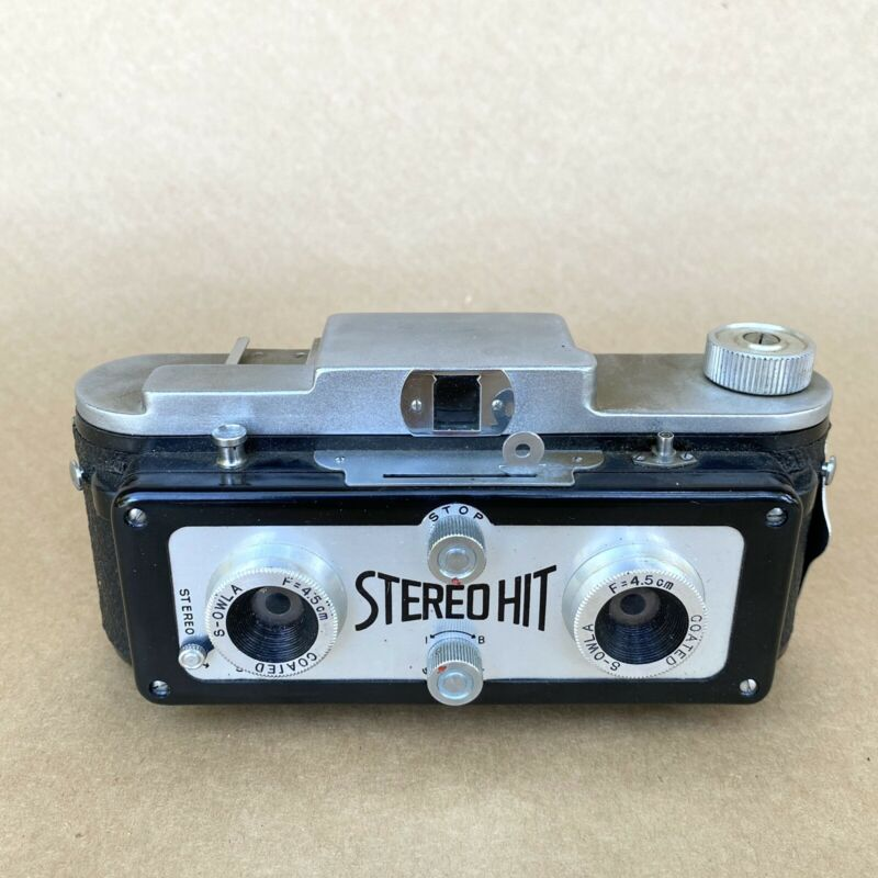 TOUGODO STEREO HIT, 3D (127 ROLL FILM) CAMERA (2 RED WINDOWS) VINTAGE!