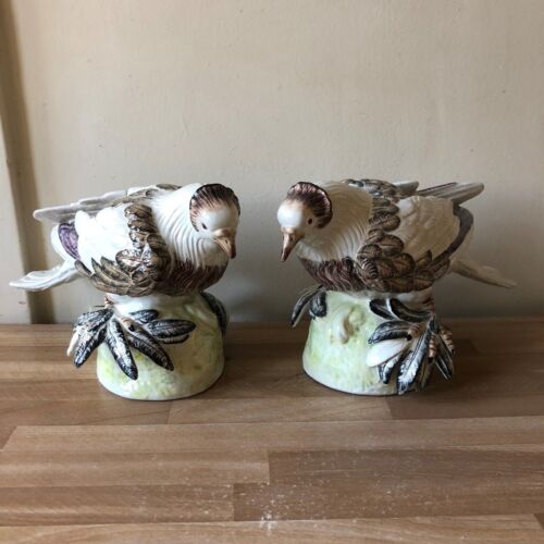 Lovely Pair Mottahedeh Italian Majolica Large Bird Figurines