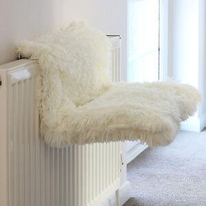 cream  fy radiator cat kitten bed warm heated snug basket hammock pet cradle cat radiator bed   ebay  rh   ebay co uk