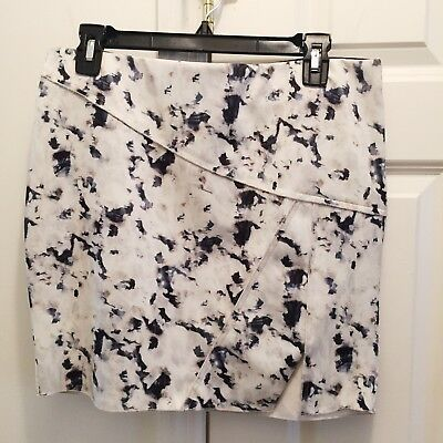 Zara W&B Collection Skirt Size L White Grey Abstract Print