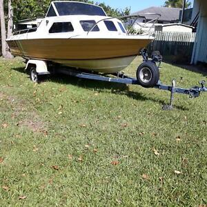 swift craft 17ft half cab new fish finder 70 evinrude good con
