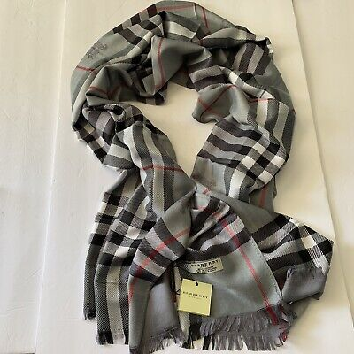 NEW BURBERRY CASHMERE SCARF