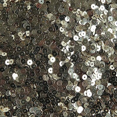 4mm Flat Round Sequins Light Champagne Gold Shiny Metallic. Made in USA 4 Mm Flat Light
