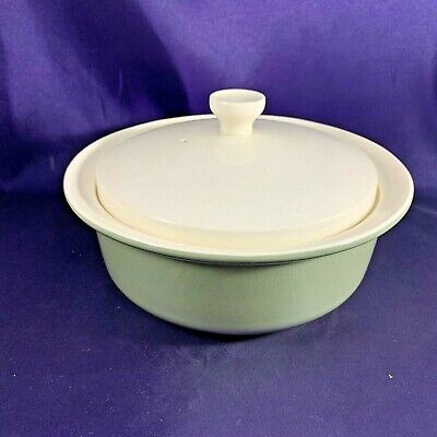 Wedgwood MOSS GREEN Covered Vegetable Bowl 7 3/4