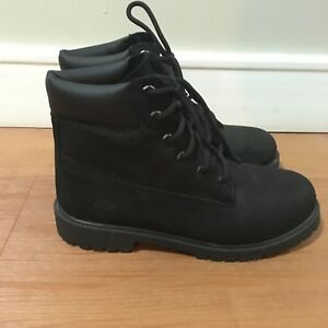 Mint men's black timberland boots