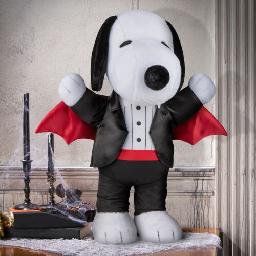 Snoopy Vampire Porch Greeter - 21 Inches Tall - Frighteningly Adorable!!!