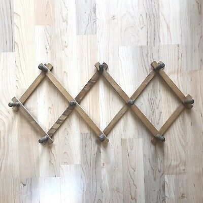 Vtg Wooden Expandable Accordion Wall Rack Hanger 10 Pegs Cups Hats Jewelry