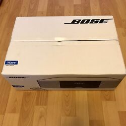 Bose Wave IV AM/FM Clock Radio w/ Dual Alarms, Remote, Touch On/Off Top, Silver