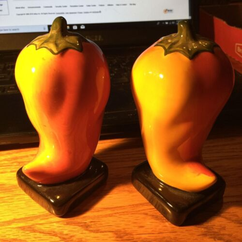 Vintage Red Hot Peppers Salt and Pepper Shakers Ceramic !