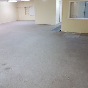 MASSIVE 1400 sq ft of CLEAN-DRY-HEATED STORAGE SPACE