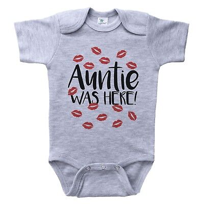 (AUNTIE WAS HERE / Red Kisses / Funny Aunt Themed Unisex Baby Bodysuit / Baffle)