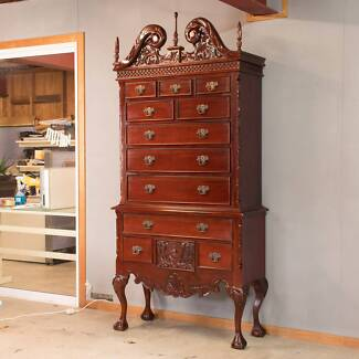 STUNNING!!! Antique Style Chest of Drawers / Tallboy