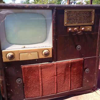 1950/60's style TV + Radio + Record player Cabinet