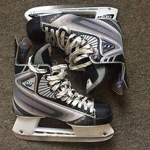 Lightly Used CCM U+ Pro Men's Hockey Skates Size 8.5