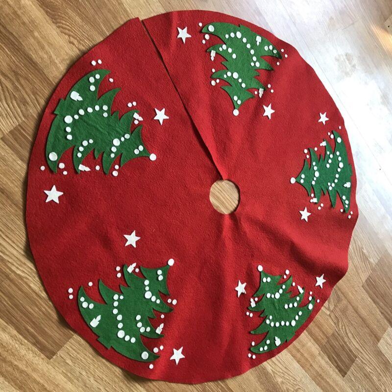 Vintage Handmade Red Christmas Tree Skirt with Felt Applique WAECHTERSBACH EUC!