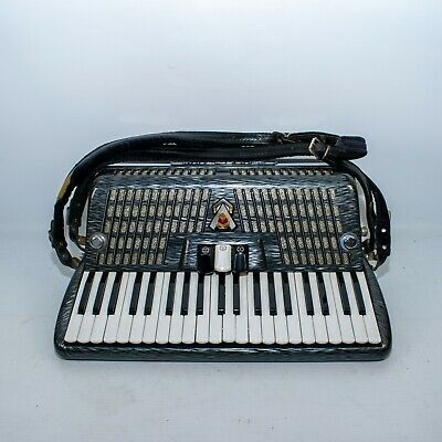 Vintage Scandalli Silvana IIl Accordion Instrument w Hard Case
