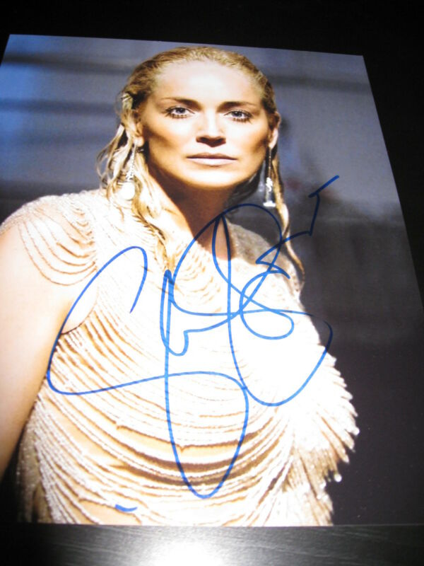 SHARON STONE SIGNED AUTOGRAPH 8x10 PHOTO BASIC INSTINCT BABE HOT SEXY COA I
