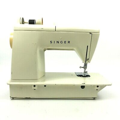 Vintage Singer Touch And Sew Sewing Machine - Deluxe Zig-Zag Model 758 8.A7