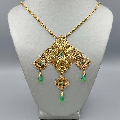 60s -70s Jewelry – Necklaces, Earrings, Rings, Bracelets 1960s Unsigned Gold Tone Filigree Green Briolette Rhinestone Bib Necklace 24